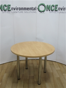 Apple 1000MM Diameter Round Table On Chrome LegsApple used second hand 1000mm diameter round meeting table.