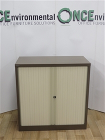 Bisley Coffee/Cream Tambour Door Cupboard 1020H x 1000W x 470DBisley Used Second Hand Coffee/Cream Tambour Door Cupboard 1020h x 1000w x 470d.