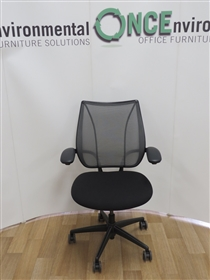 HumanscaleHumanscale Liberty Chair Available In Any Colour Fabric 25 IN STOCKHumanscale Liberty Mesh Chair Used Second Hand. Seat available in any colour Fabric.