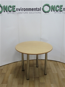 Light Oak 900M  Diameter Round Table On Chrome LegsLight oak used second hand meeting table with mdf edge.