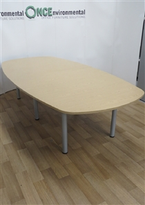 Light Oak Boardroom Table 2800W x 1000 x 1400 x 1000DUsed second hand light oak bardroom table 2800w x 1000 x 1400 x 1000d on silver legs. Will seat up to ten people.