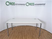 NoneWhite 1600W x 800D Bench Style Desk. 28 IN STOCK1600 x 800 rectangular desk in white finish on a silver leg frame.