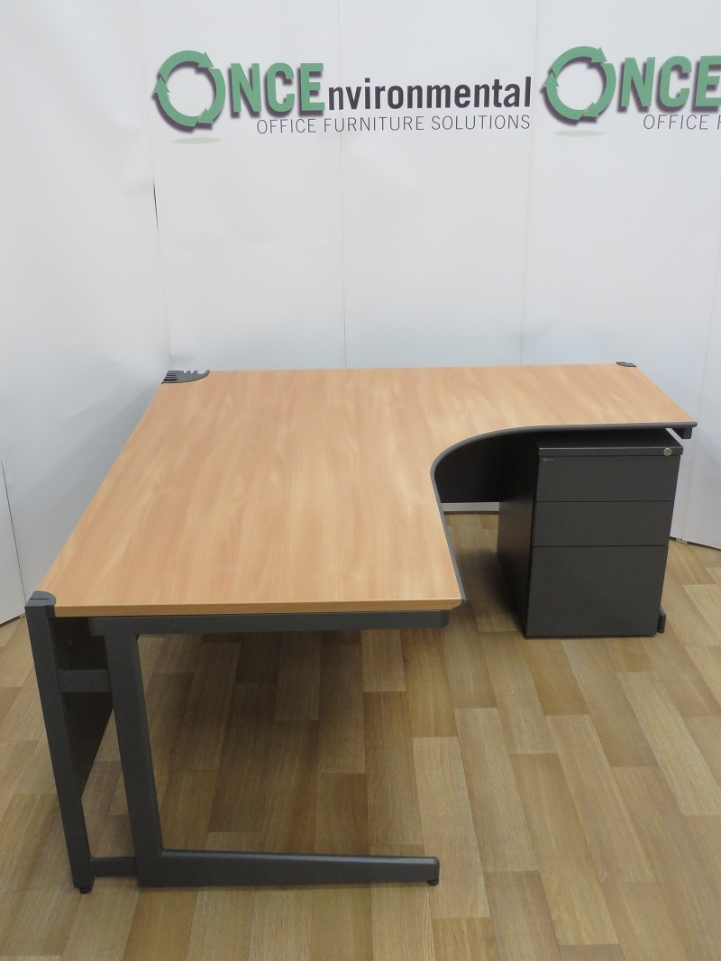 Used Desks Paragon Beech 1600 X 1600 Right Hand Ergonomic