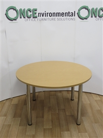 Sven ChristiansonSven Christianson 1200MM Diameter Light Oak Round Table.Sven christianson used second hand 1200mm diameter round meeting table.