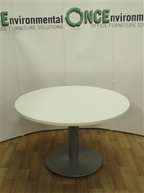 White 1200MM Diameter Round Meeting TableUsed second hand white 1200mm diameter round table on a silver finish base.