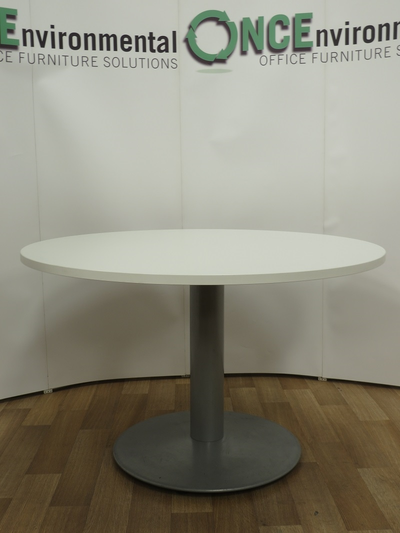 Used Tables White 1200mm Diameter Round Meeting Table