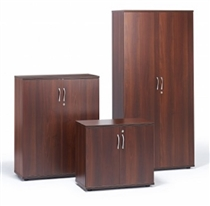Walnut 2030H x 990W x 515D Double Door CupboardWalnut used second hand double door cupboard 2030h x 990w x 515d with four adjustable shelves.